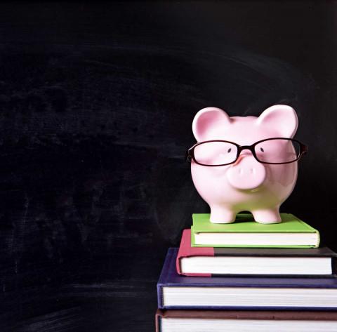 Cómo ser estudiante y sobrevivir con poco dinero (sin vivir bajo un puente)